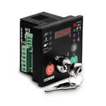 Контроллер управления генератором с Ручным и Автоматическим запуском, с ключом. 72х72. Контроль 1-й фазы генератора (U, f), 3 спец. дискр. вх, 2 конфиг. дискр. вх., 4 транз.PNP типа, питание 8...32VDC, 60мА. RS232