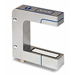 Ультразвуковой датчик края ленты, выход 4…20мА/0…10В+1xPush-Pull, рабочий диапазон 40 мм (+/- 20 мм), требуется разъем 5 pin M12x1